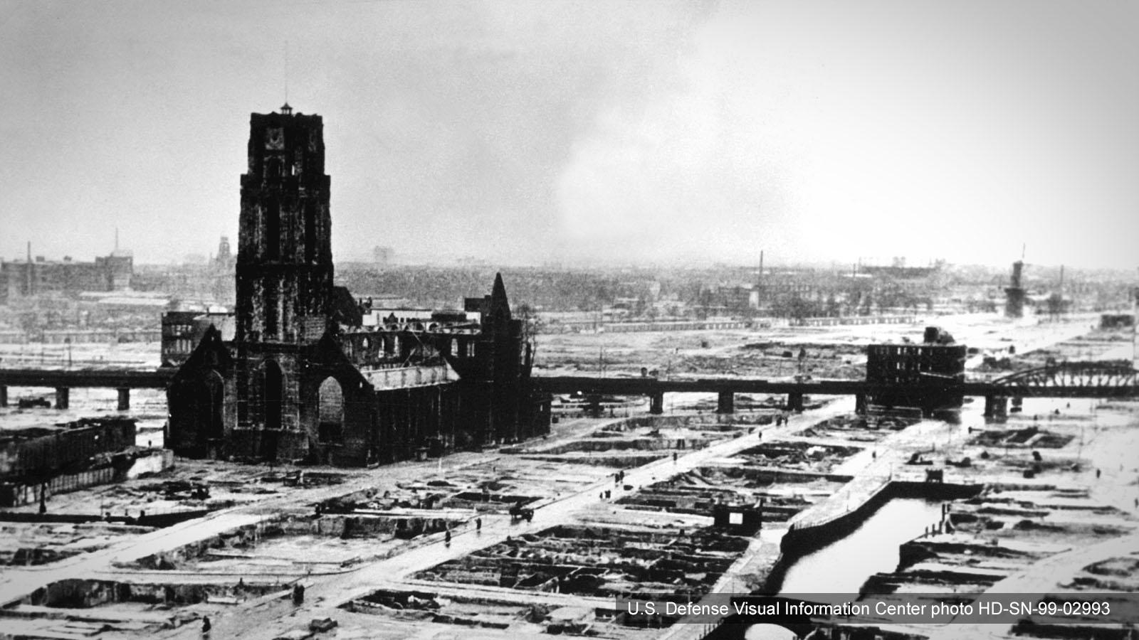 Bombadierung von Rotterdam