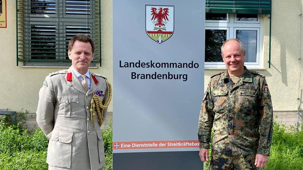 Brigadier Rider besucht Landeskommando Brandenburg